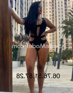 Ghilaine escorte girl massage